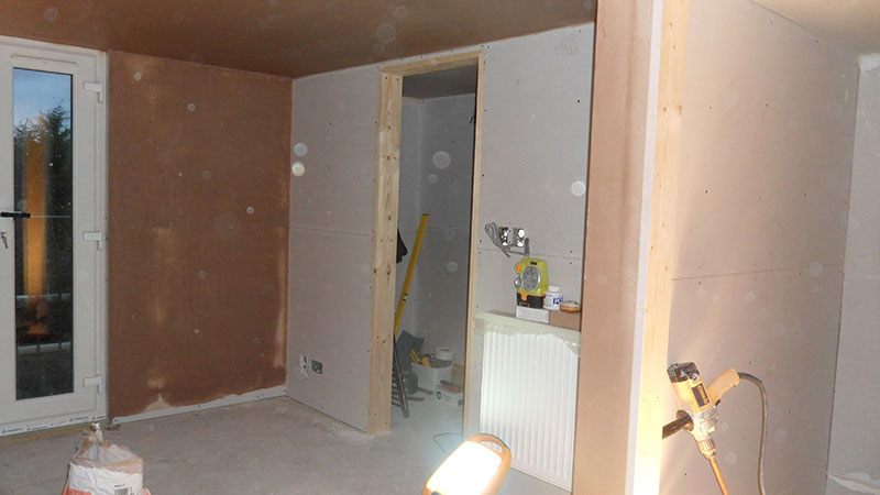 renovation company raynes park